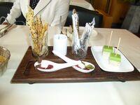 ドイツ2012年・麗しの5月:古城ホテル シュタゥフェネック城にあるグルメレストランで夕食を楽しむ。