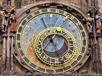 王様が暮らしたプラハ城から庶民が暮らした旧市街エリアへ 百塔の街 プラハ旧市街見学