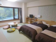 白樺湖「白樺リゾート池の平ホテル」に宿泊して温泉と食事を楽しむ
