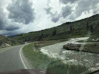 モンタナ州 イエローストーン国立公園 - 温泉は断念のガーデナー川の激流