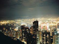 ご存じ香港の代名詞100万ドルの夜景で有名なビクトリア・ピークです。