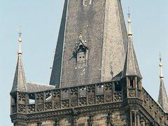 火薬塔の上部。  以上で2005年7月のブダペストからプラハまでのバス旅行を終わります。天気にもめぐまれ、楽しい同行者とともにとてもよい旅が出来ました。詳細は http://www.geocities.jp/nomonomo2010 にも載せましたので、ご興味のある方はお越しください。