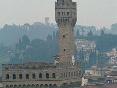 ヴェッキオ宮の塔。