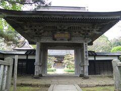城下町であったせいか松前は立派なお寺が多い。 こちらは龍雲寺というお寺。