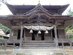 街並みの終点は城上神社