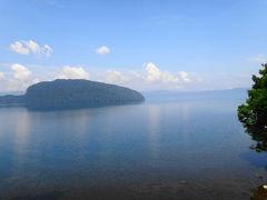 天気のいいうちに、十和田湖をすり抜け、奥入瀬渓流へ。