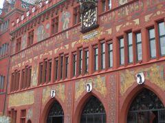 おっと、ココに来た目的はこれだった。  Rathaus/ラートハウス=市庁舎です。