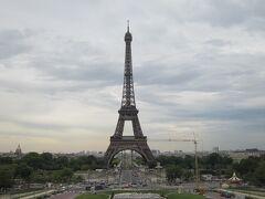 パリへ戻って来ました。 シャイヨー宮からのエッフェル塔