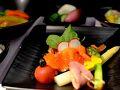 DELTAのCクラスの機内食です。日本から発つときは、いつも和食にします。
