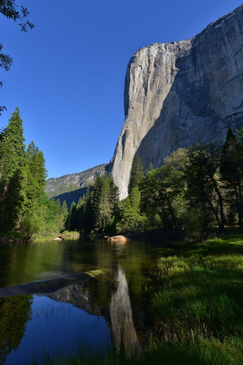 2013年5月24日 米国カリフォルニア州ヨセミテ国立公園 2013年から3年間米国単身赴任している中で、たくさんの国立公園を訪問しましたが、ヨセミテ国立公園が私の一番のお気に入りです。 そしてこの写真が、アメリカ滞在中に撮影した写真の中での最高傑作と思っています。