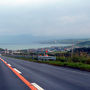 自宅を出てから1時間。旧厚田村(現在石狩市厚田区)通過。  お天気はイマイチ・・・雨がポツリポツリ。 巨大台風が来てるもんなぁー。天気はあきらめるか・・・。