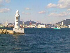 神戸港入口の灯台