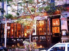 映画「ユー・ガッタ・メール」のロケ場所であるカフェ・ラロ。
