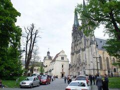 聖ヴァーツラフ大聖堂と大司教区博物館とヴァーツラフ広場
