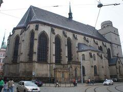 聖モジツ教会(Church of Saint Maurice)と5月8日通り