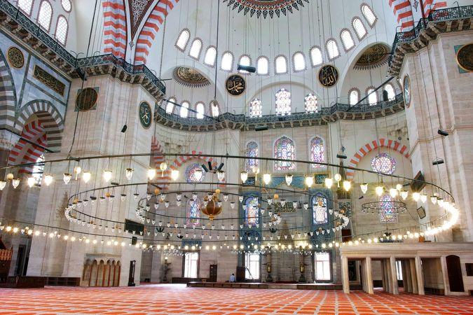 スレイマニエ モスク