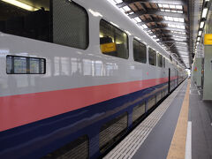 大宮駅を10時38分に出る上越新幹線『Maxとき317号』に乗車。 出発は順調で、12時19分に新潟駅に到着した。