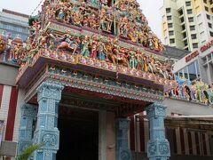 スリ・ヴィラマカリアマン寺院。