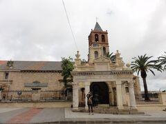 Basilica de Santa Eularia サンタ エウラリア教会と Templo de Marte マールス神殿 現在見られるサンタ エウラリア教会は13世紀建設。