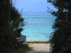 12月17日、ウーグの浜にやってきました。 ここが入り口ザンス。