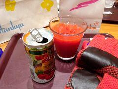 2014年12月29日(月)、阪急百貨店でゆうすけのお年玉(ポール・スチュアートの手袋)を買い、クリスタルサロンで休憩。