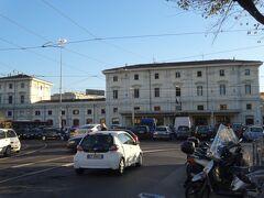 トラステベレ駅、トレニタリアの列車でテルミニ駅やイタリア各地に繋がってます