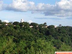 おはようございます、朝一ジジイはルーティンのお散歩に。  今日はこちらのブラジルサイドに。