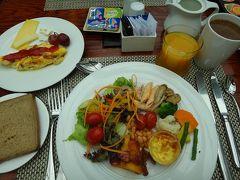 7月15日 ホテルで朝食。やっぱりここの朝食は美味しい♪