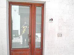 2013/04/29 Le Alcove - Luxury Hotel nei Trulli  アルベロベッロのトゥルッリのホテルです!! 部屋の入口です!! 外から直接入るようになっています・・・