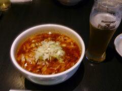 いつものようにお昼は刀削麺。