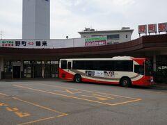 2015GW旅行も輪島・金沢と二泊し、今日は三日目・・・  金沢から白山市鶴来へ向かいます。  北陸鉄道石川線始発駅「野町駅」から終点「鶴来駅」まで乗車します。