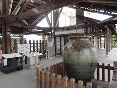 益子駅  陶器市へ向かう乗客らしき人は見当たらず。