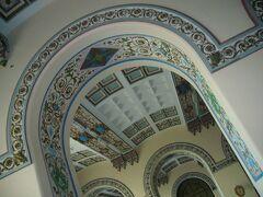 「ハイダルパシャ駅」はヨーロッパとアジアが融合された、とってもステキな駅舎です。