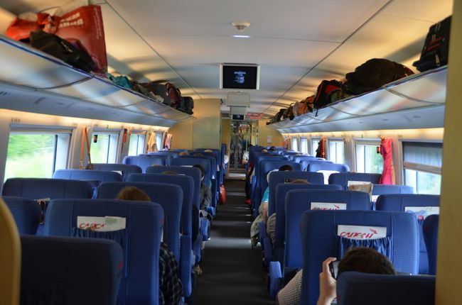 サンクトペテルブルク~モスクワ鉄道の旅 : 新幹線「サプサン」で行き、伝統の「赤い矢号」で帰る(PS ネムツォフ詣で)