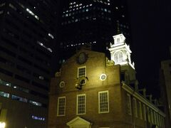 ボストンの第一印象 - 歴史を感じさせる石造建築と近代的な鉄筋建築が融合する不思議な町。