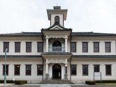 旧伊達郡役所。 看板を眺めていた時に近くに国指定にされた建造物があるなら見たいと思って訪れました。