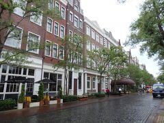 午後、けっこう歩いて疲れたのでホテルにチェックインすることにしました。 園内にある唯一のホテルということで選んだホテルアムステルダムです。少し疲れたから休憩…というのが出来て嬉しい立地ですね。