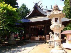 そんなに大きな神社ではありませんが、 河口湖畔にあります。