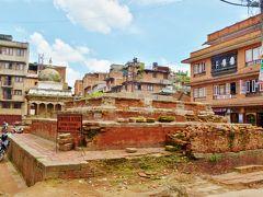 ダルバール広場で、倒壊してしまったジャガナラヤン寺院