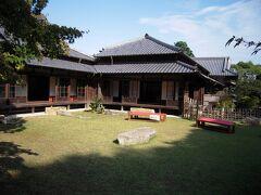 長府毛利邸です。