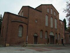 聖ソフィア教会 この教会の歴史を知ることができる地下の博物館が素晴らしい