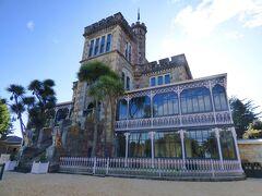 Otago半島の突端に建っているLarnach Castleという建物です。ま、いってみれば昔のお金持ちの大邸宅ですね。豪州のジーロングからやってきた大金持ちだそうです。