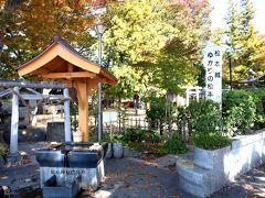 松本城前にも松本神社があり、井戸(  http://senshoan.main.jp/mizu/matsumoto-jinja-ido.htm  )もありました。