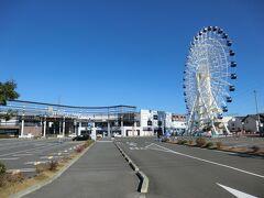 三井アウトレットパーク仙台港です。 まだ早いので開店前でした。