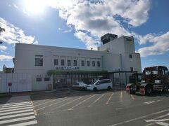 12:00 仙台港フェリーターミナルです。  これから太平洋のクルーズを楽しみます。 その話しは又、次回です。  つづく。