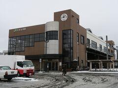 石狩当別駅は札幌の通勤通学圏内にあり、利用客が多い駅。
