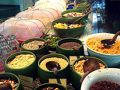 うきうきで朝食へ。  ここの朝食はパンとシリアル、チーズ、ハムがおいしい。 全然インドネシアじゃない。笑