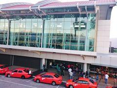 ファン サンタマリア国際空港 (SJO)