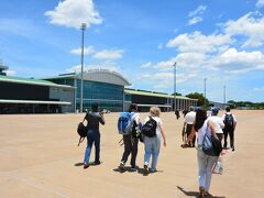 ヨハネスから1時間半ちょっとでザンビア側のビクトリアの滝があるリビングストンに到着。