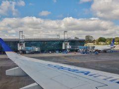 グアテマラシティは中米の主要空港ではあるが、首都の空港としては規模が小さい。